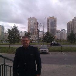 Парень. Ищу девушку/женщину в Томске для приятного времяпрепровождения